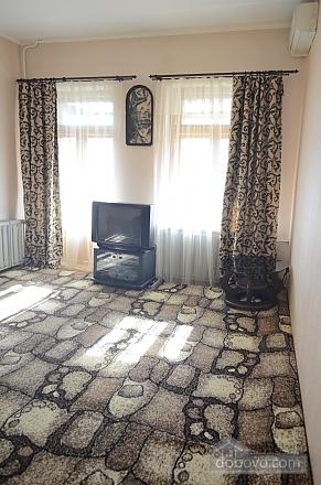 Apartment on Nezalezhnosti square with overlooking Sofiivska square, Un chambre (74389), 005