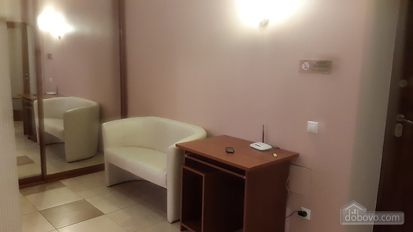 Apartment on Obolonski Lypky, Studio (46290), 007