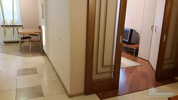 Apartment on Obolonski Lypky, Monolocale (46290), 009