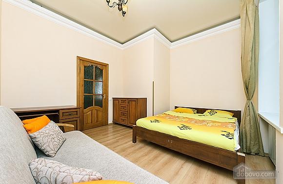 Квартира в центрі, 3-кімнатна (59853), 004