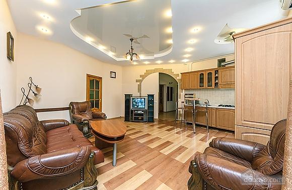 Квартира в центрі, 3-кімнатна (59853), 008