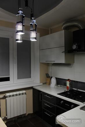 Шикарная квартира, 2х-комнатная (44409), 002