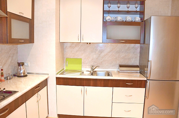 Apartment with two bedrooms in the center of Minsk, One Bedroom (91390), 006