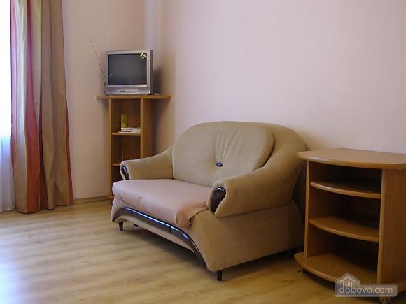 Apartment near Puppet Theatre, Studio (95071), 005