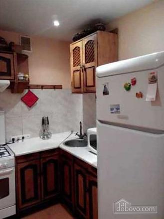 Good renovation and 6 sleeps, One Bedroom (17006), 002