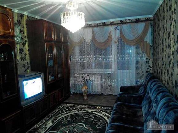 Good renovation and 6 sleeps, One Bedroom (17006), 006