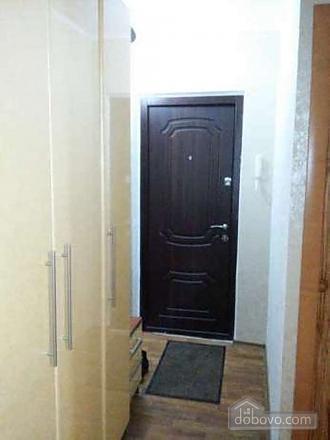 Квартира возле МакДональдс, 2х-комнатная (42221), 007