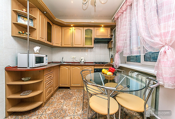 City center, Two Bedroom (32253), 010