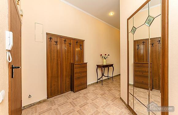 Квартира на Бессарабській площі, 3-кімнатна (60504), 009