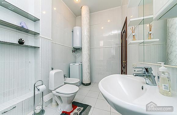Квартира на Бессарабській площі, 3-кімнатна (60504), 013