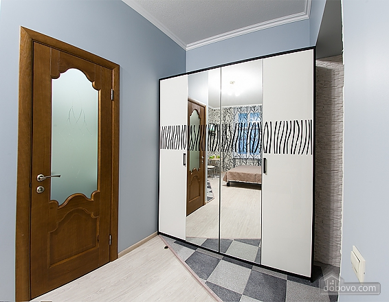 Apartment in the center of the new renovation near Rynok square, Monolocale (93686), 008