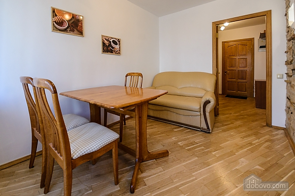 Quiet one-bedroom standard apartment with large bath, Monolocale (99777), 007