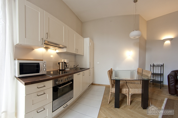 Apartment with high ceilings, Un chambre (80100), 004