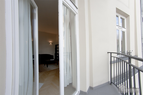 Apartment with high ceilings, Un chambre (80100), 005