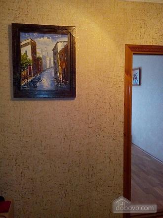 Современная и уютная, 2х-комнатная (74885), 003