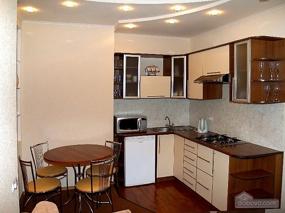 In the very heart of the city, One Bedroom (92834), 002