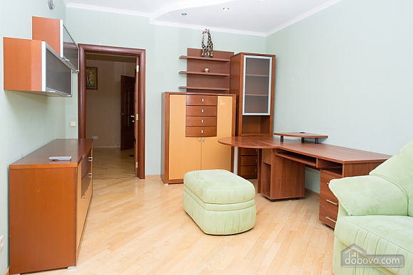Spacious apartment in Livoberezhna in the new house, Two Bedroom (89750), 009