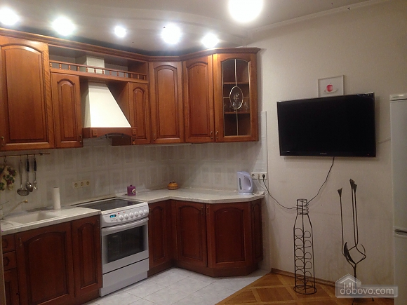 Comfortable apartment in a prestigious house near to Mynska station, Un chambre (47113), 033