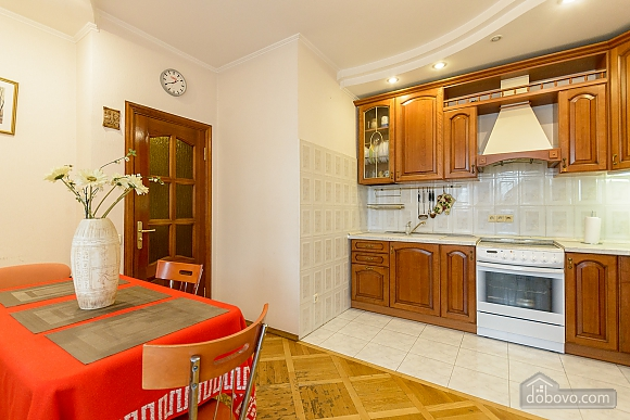 Comfortable apartment in a prestigious house near to Mynska station, Un chambre (47113), 005