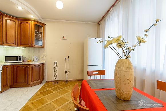 Comfortable apartment in a prestigious house near to Mynska station, Un chambre (47113), 006