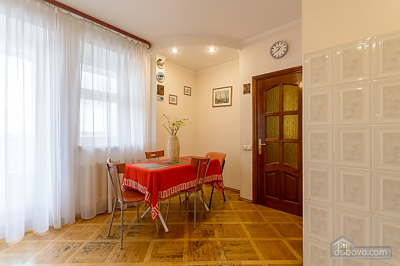 Comfortable apartment in a prestigious house near to Mynska station, Un chambre (47113), 008