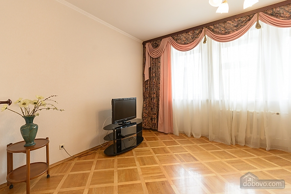 Comfortable apartment in a prestigious house near to Mynska station, Un chambre (47113), 012