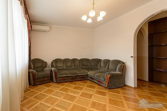 Comfortable apartment in a prestigious house near to Mynska station, Un chambre (47113), 013