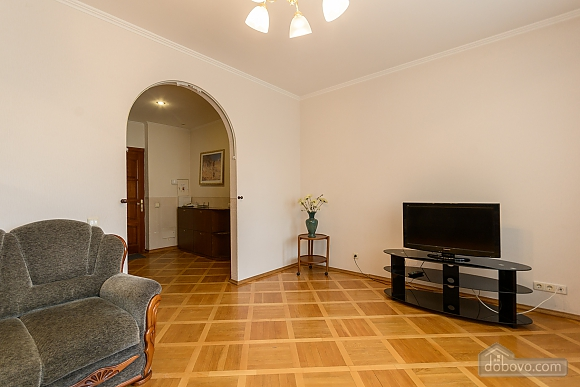 Comfortable apartment in a prestigious house near to Mynska station, Un chambre (47113), 014