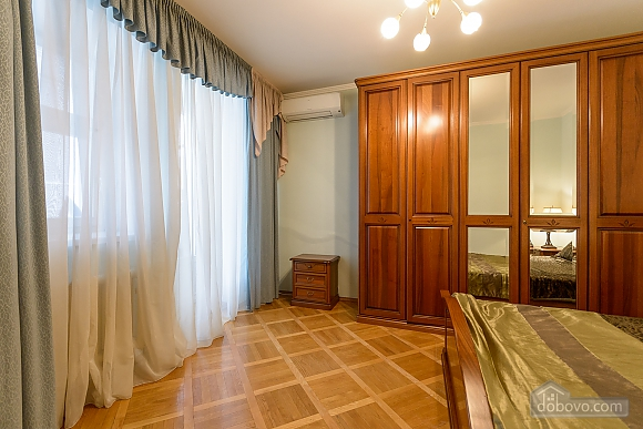 Comfortable apartment in a prestigious house near to Mynska station, Un chambre (47113), 016