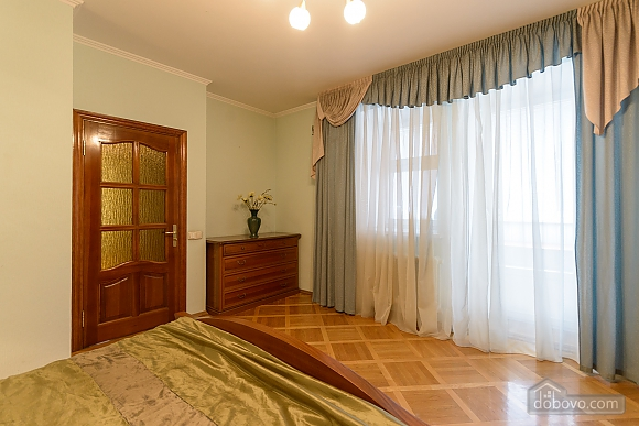 Comfortable apartment in a prestigious house near to Mynska station, Un chambre (47113), 018