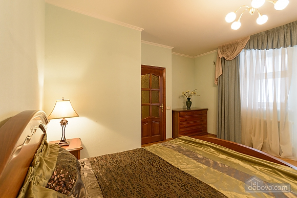 Comfortable apartment in a prestigious house near to Mynska station, Un chambre (47113), 019