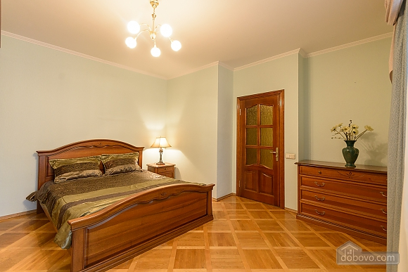 Comfortable apartment in a prestigious house near to Mynska station, Un chambre (47113), 020