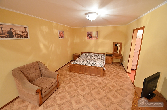 Стильна і затишна квартира в центрі, 1-кімнатна (69752), 001