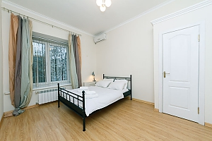 A large apartment in a 5 minutes walk from Nezalezhnosti square, Deux chambres, 001