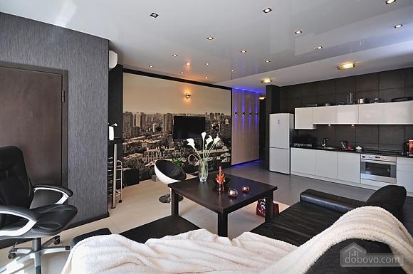 Sky lounge, 3-кімнатна (90930), 001