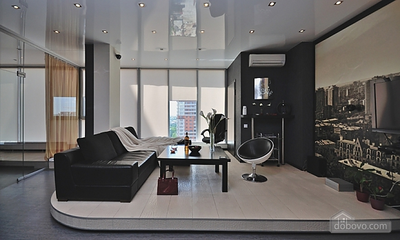 Sky lounge, 3-кімнатна (90930), 002