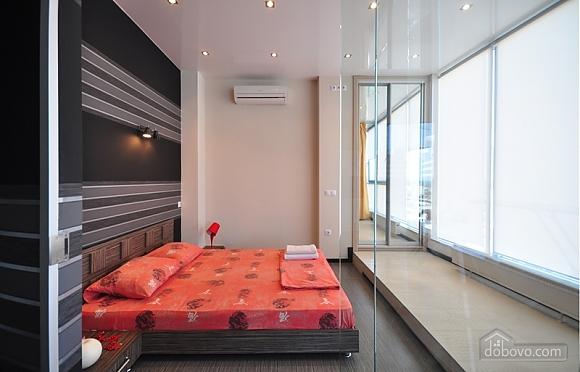 Sky lounge, 3-кімнатна (90930), 010