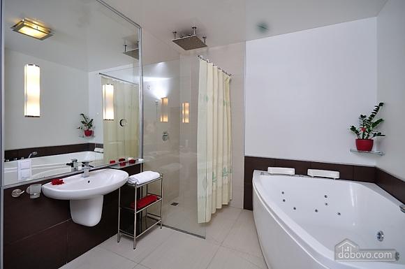 Sky lounge, 3-кімнатна (90930), 013