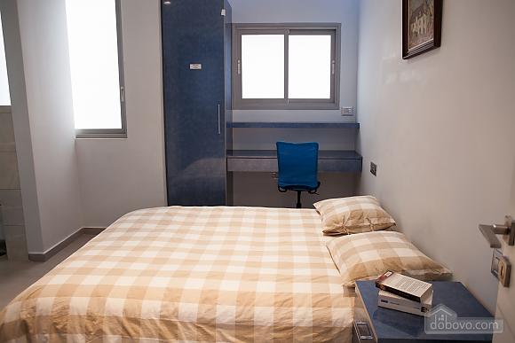 Bograshov beach, Three Bedroom (84646), 028