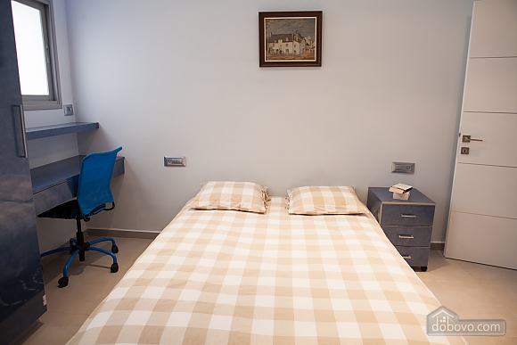 Bograshov beach, Three Bedroom (84646), 030