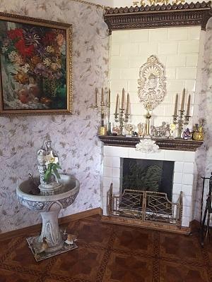 Старинный особняк, 5ти-комнатная, 002