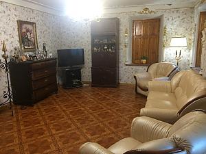 Старинный особняк, 5ти-комнатная, 003