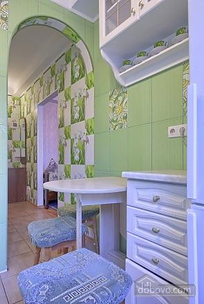 Cosy apartment near  to Druzhby Narodiv station, Studio (18005), 006
