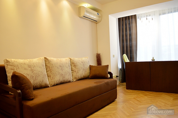 Cozy apartment with a fireplace near to Minska station, Deux chambres (72518), 008