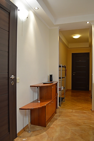 Cozy apartment with a fireplace near to Minska station, Due Camere, 012