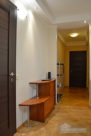 Cozy apartment with a fireplace near to Minska station, Deux chambres (72518), 012