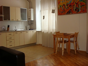 8, Rue  Darvina , Un chambre, 002