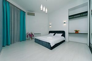 9 Kostiolna, Un chambre, 002