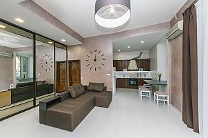 9 Kostiolna, One Bedroom, 013