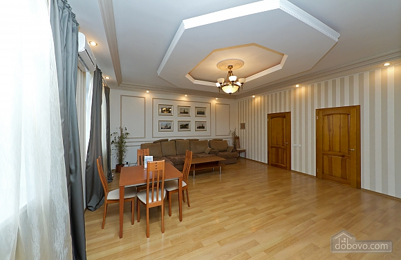 Apartments with a sauna and jacuzzi, Dreizimmerwohnung (50638), 005